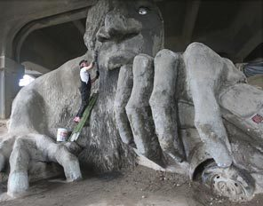 Freemont Troll Cleanup, Seattle Tribune